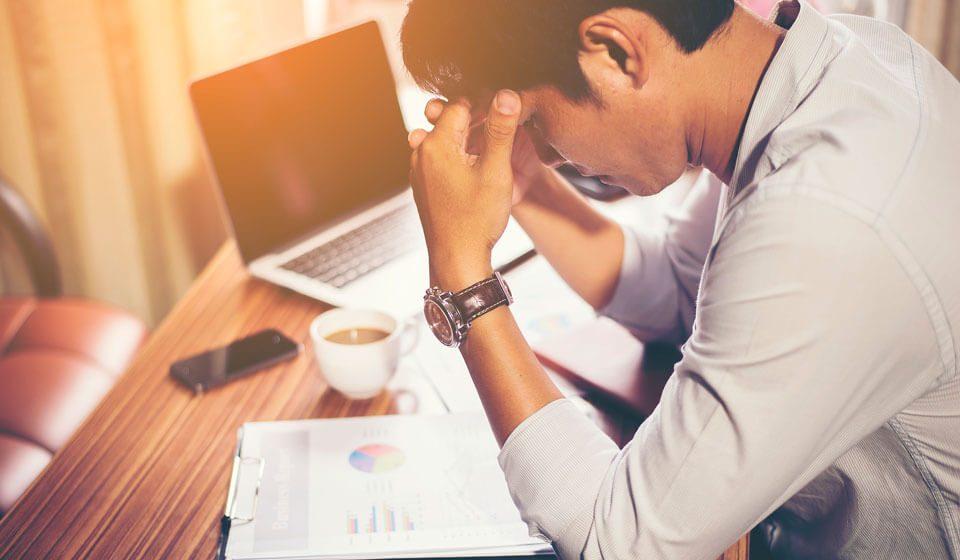 Estressado--Descubra-Quais-são-os-Sintomas-de-Estresse-no-Trabalho-coaching-casule